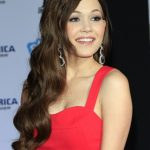 Kelli Berglund Bra Size, Age, Weight, Height, Measurements