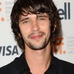 Ben Whishaw Age, Weight, Height, Measurements