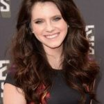 Kara Hayward Bra Size, Age, Weight, Height, Measurements