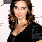 Laura Breckenridge Bra Size, Age, Weight, Height, Measurements