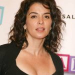 Annabella Sciorra Bra Size, Age, Weight, Height, Measurements