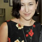 Zelda Williams Bra Size, Age, Weight, Height, Measurements