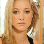 Zoie Palmer Net Worth
