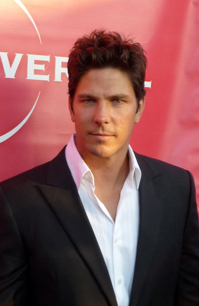 michael trucco age  weight  height  measurements