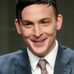 Robin Lord Taylor Age, Weight, Height, Measurements