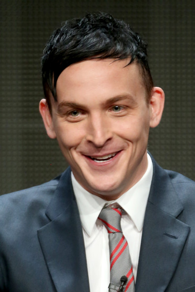 Robin Lord Taylor Age Weight Height Measurements Celebrity Sizes