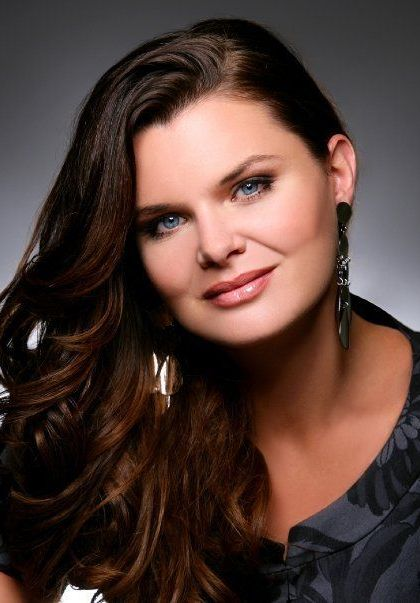Heather Tom Bra Size, Age, Weight, Height, Measurements ...