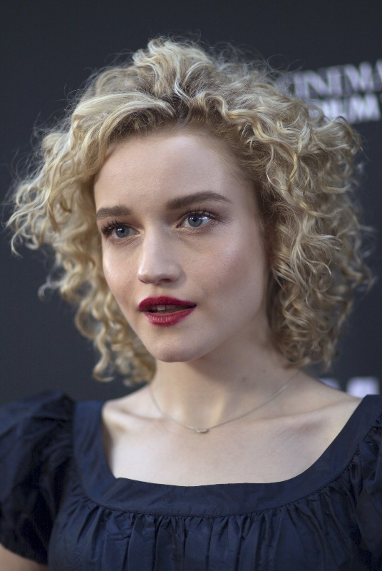 Julia Garner At Ozark Screening And Reception In Los: Julia Garner Net Worth