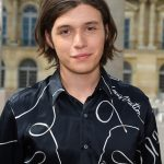 Nick Robinson Age, Weight, Height, Measurements