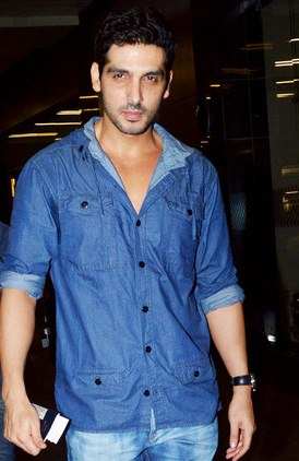 Zayed Khan In Fight Club Zayed Khan Age, Weight...