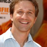 Breckin Meyer Age, Weight, Height, Measurements