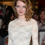 Dakota Blue Richards Bra Size, Age, Weight, Height, Measurements