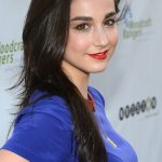 Molly Ephraim Net Worth