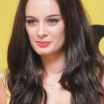 Evelyn Sharma Net Worth