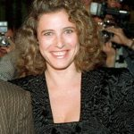 Mimi Rogers Bra Size, Age, Weight, Height, Measurements