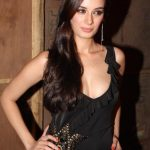 Evelyn Sharma Workout Routine
