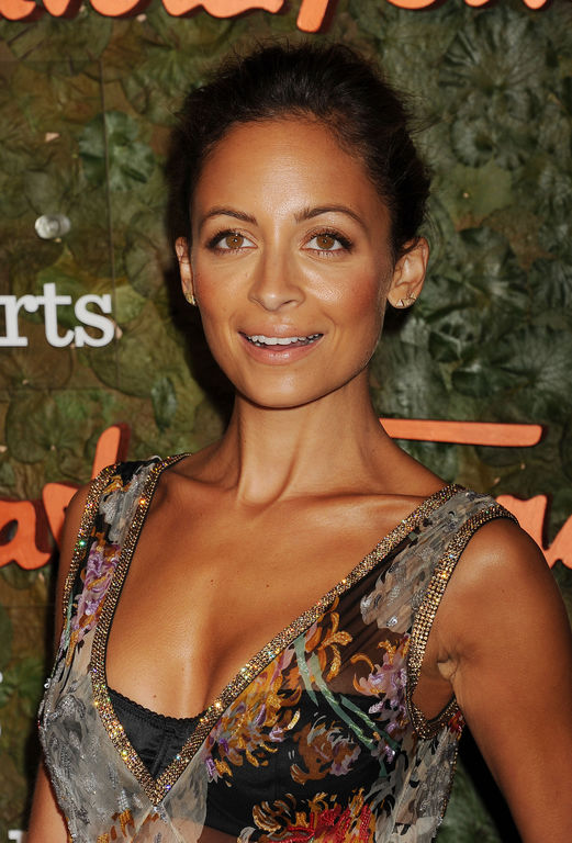 nicole richie net worth celebrity sizes. Black Bedroom Furniture Sets. Home Design Ideas