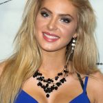 Saxon Sharbino Bra Size, Age, Weight, Height, Measurements