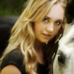Amber Marshall Bra Size, Age, Weight, Height, Measurements