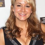 Megyn Price Bra Size, Age, Weight, Height, Measurements