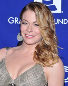 LeAnn Rimes 2019: Husband, net worth, tattoos, smoking ...