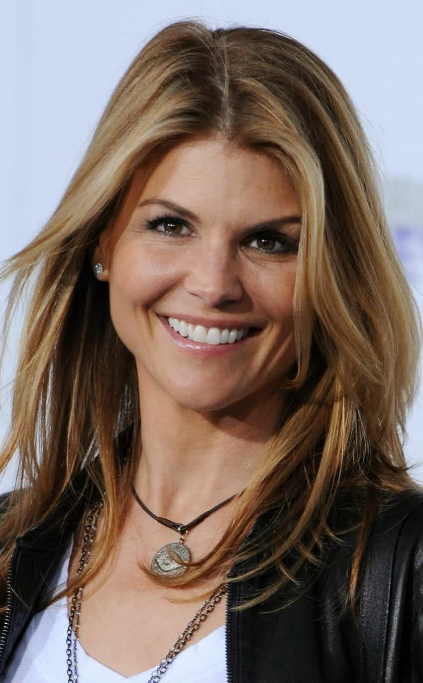 lori loughlin - photo #39
