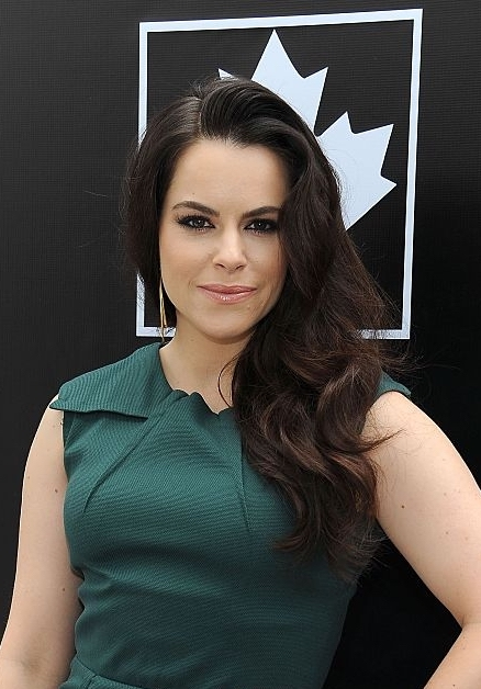 Emily Hampshire Nude Photos 32
