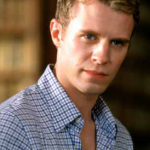 Luke Mably Net Worth