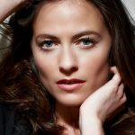 Lara Pulver Bra Size, Age, Weight, Height, Measurements
