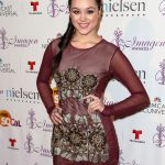 Hayley Orrantia Bra Size, Age, Weight, Height, Measurements