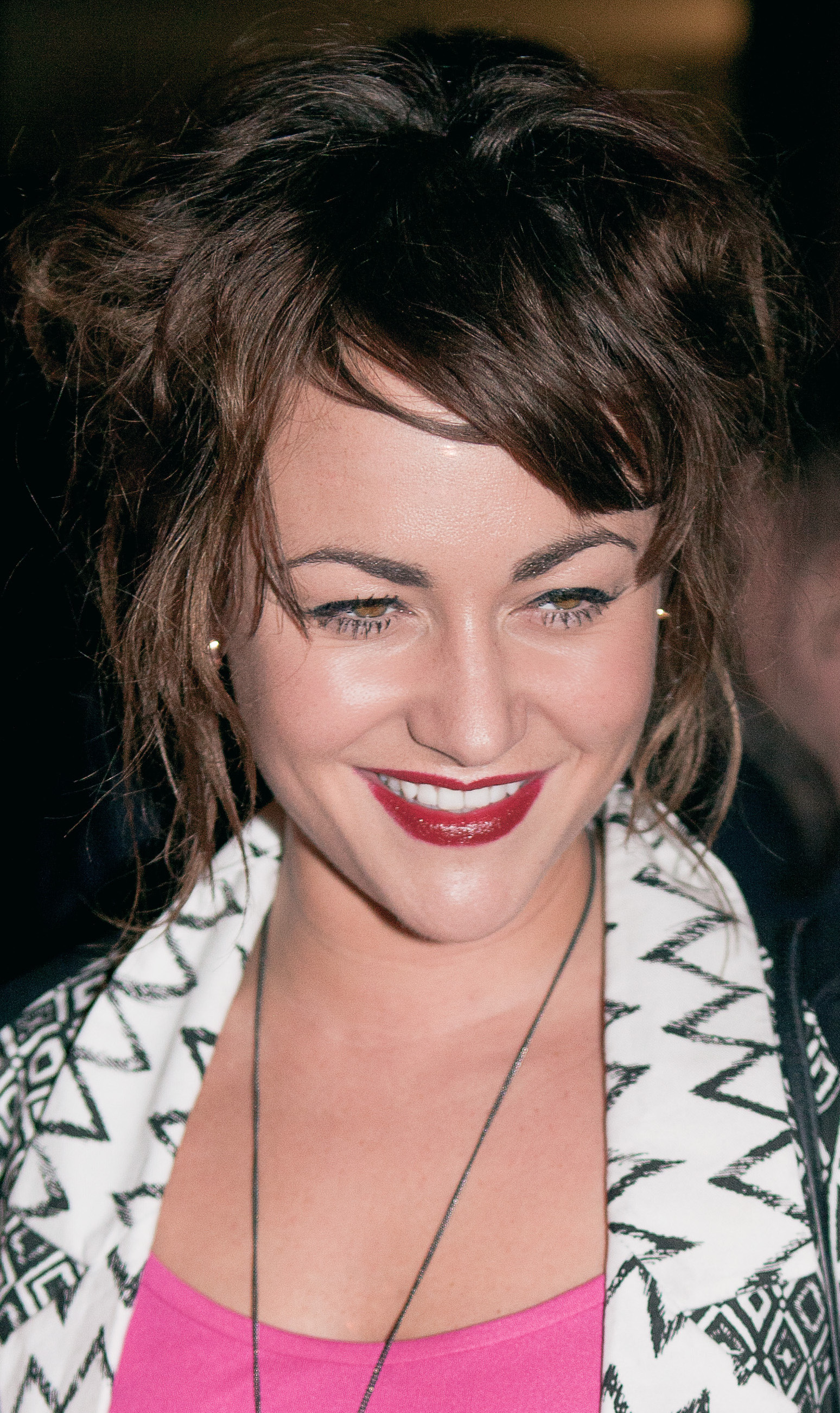 Jaime Winstone Bra Size, Age, Weight, Height, Measurements