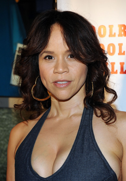 Rosie Perez Net Worth - Celebrity Sizes-7870