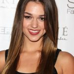 Sadie Robertson Bra Size, Age, Weight, Height, Measurements