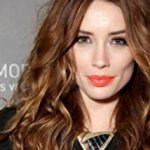 Arielle Vandenberg Net Worth