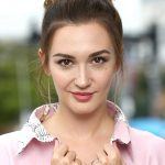Katherine Barrell Bra Size, Age, Weight, Height, Measurements