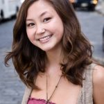 Kimiko Glenn Bra Size, Age, Weight, Height, Measurements