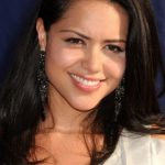 Alyssa Diaz Bra Size, Age, Weight, Height, Measurements