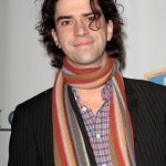 Hamish Linklater Net Worth