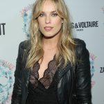 Jessica McNamee Bra Size, Age, Weight, Height, Measurements