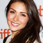 Daniella Pineda Bra Size, Age, Weight, Height, Measurements