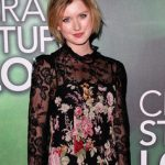 Isabel Durant Bra Size, Age, Weight, Height, Measurements