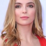 Jodie Comer Bra Size, Age, Weight, Height, Measurements