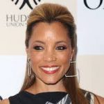 Michael Michele Bra Size, Age, Weight, Height, Measurements