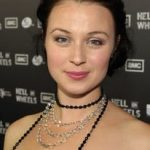 Robin McLeavy Bra Size, Age, Weight, Height, Measurements