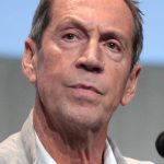 Jonathan Hyde Net Worth