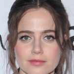 Molly Gordon Bra Size, Age, Weight, Height, Measurements