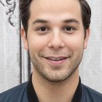 Skylar Astin Age, Weight, Height, Measurements