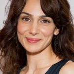 Annie Parisse Bra Size, Age, Weight, Height, Measurements