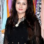 Poonam Dhillon Net Worth