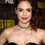 Conor Leslie Bra Size, Age, Weight, Height, Measurements